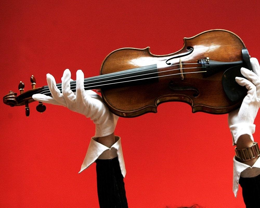Скрипка работы Антонио Страдивари. 1715 год