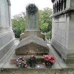 Новый акт вандализма на кладбище Пер-Лашез