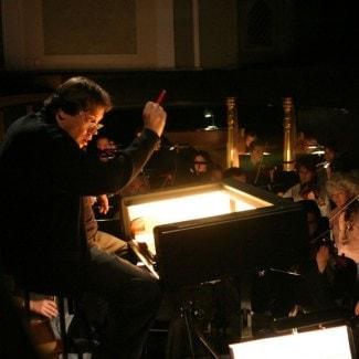 Алекасандр Ведерников за пультом оркестра Большого театра