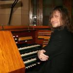Свой первый органный альбом записал известный российский виолончелист Александр Князев
