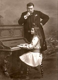 Александр Глазунов и юная пианистка Ирина Энери