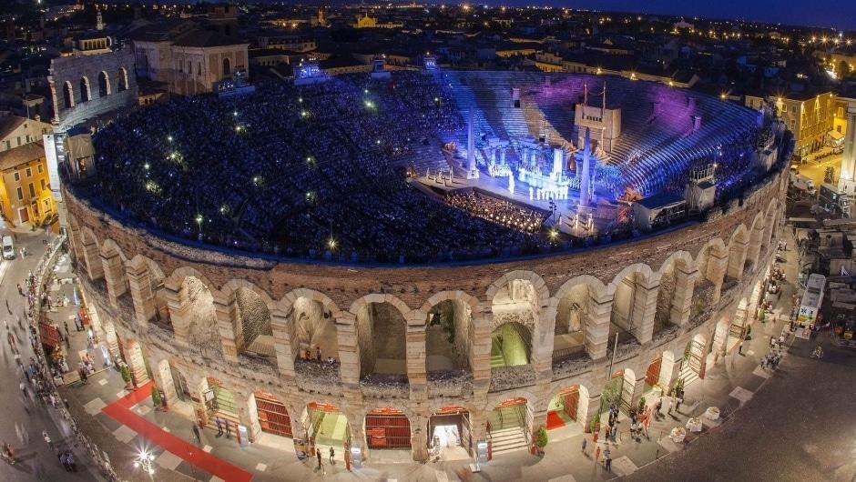 Арена ди Верона. Фото - Ennevi