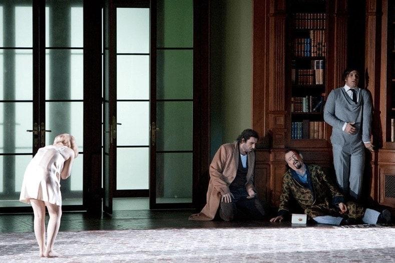 Спектакль месяца: Дон Жуан стал жертвой стерв и нимфоманок