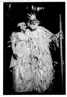 Снегурочка - Тамара Кучинская, Мороз - Арнольд Лакшин. Фото из архива Большого театра Беларуси
