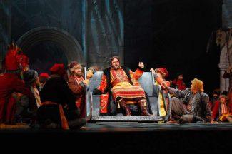Фестиваль «Басы XXI века» открылся оперой «Князь Игорь»