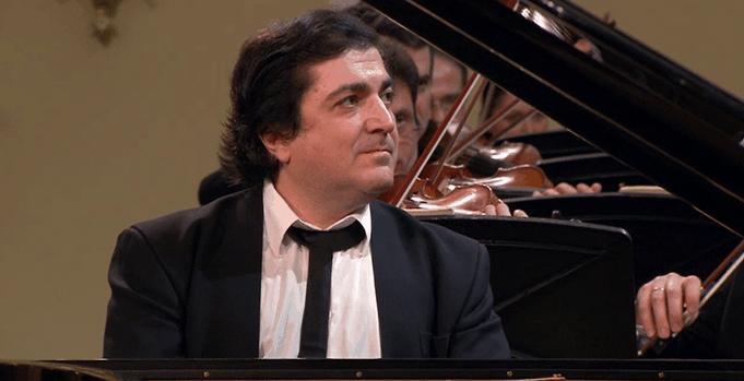 Сергей Бабаян
