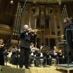 Дмитрий Ситковецкий впервые сыграл в Москве скрипичный концерт Чайковского