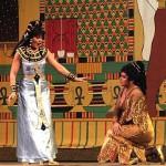 Звездой фестиваля оперы и балета в Молдове стал тигр Чингиз