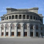 Юбилейный концерт известного армянского оперного певца Барсега Туманяна пройдет в Ереване 18 декабря