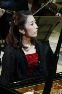 Томона Миядзаки