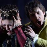 Андреа Каре и Вероника Джиоева в сцене из оперы Джузеппе Верди Дон Карлос