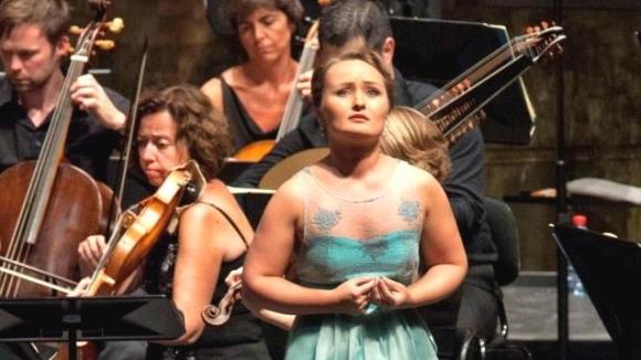24-летняя Юлия Лежнева открывает новый оперный фестиваль в Москве