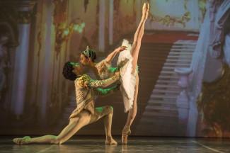 Ирина Дворовенко и Максим Белоцерковский. Фото - Алексей Молчановский