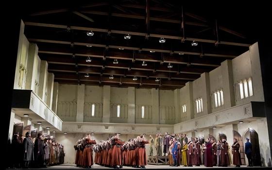 Ильдар Абдразаков в роли князя Игоря. Фото - Cory Weaver/Metropolitan Opera