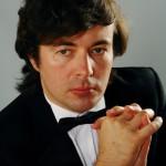 Пианист из Германии Олег Полянский сыграет сегодня в Бурятии Дебюсси и Скрябина
