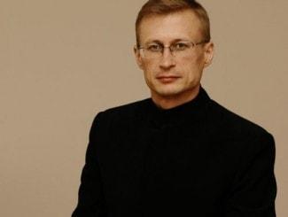 Артем Маркин