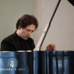 Сергей Кузнецов получил право на дебютный концерт в Нью-Йоркском Карнеги-холле