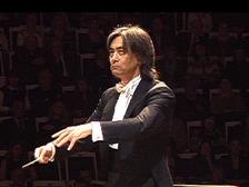 Кент Нагано выступил с Российским национальным оркестром