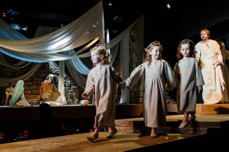 Опера Шуберта–Денисова «Лазарь, или Торжество воскрешения». Фото -Иван Мурзин