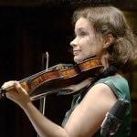 Патриция Копачинская: «Традиции ужасно зажимают руки, невозможно играть»