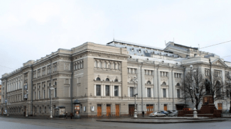 Петербургская консерватория боится переезжать