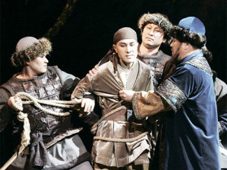 "Опера ""Абай"" на сцене Казахского театра оперы и балета. Фото - Талгат Галимов"