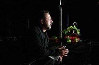 Денис Макаров в партии Лепорелло