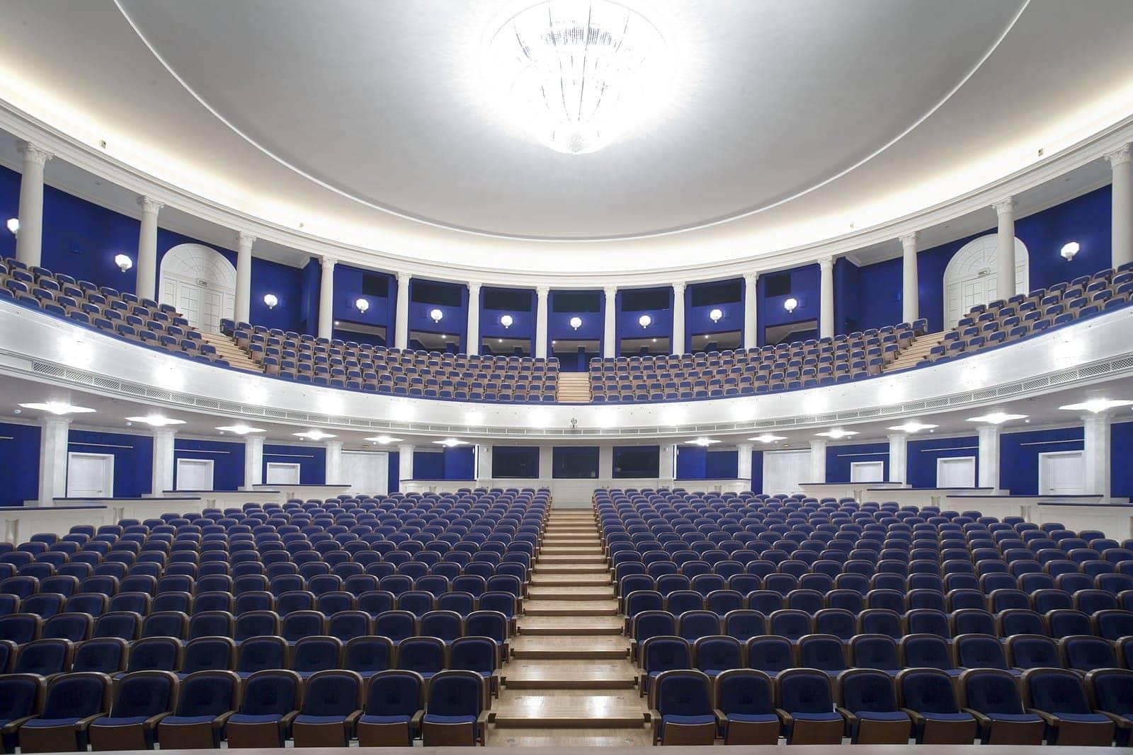 Театр имени немировича данченко