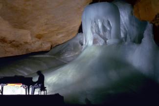 Ледяная пещера Дахштайн