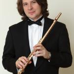 11 декабря в Малом зале Санкт-Петербургской филармонии выступит флейтист Николай Попов