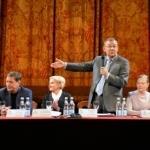 Сбор труппы ГАБТа прошел в присутствии вице-премьера правительства Ольги Голодец и вице-спикера Госдумы Александра Жукова