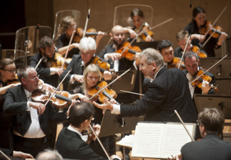 Джон Элиот Гардинер и Лондонский симфонический оркестр. Фото Kai Bienert