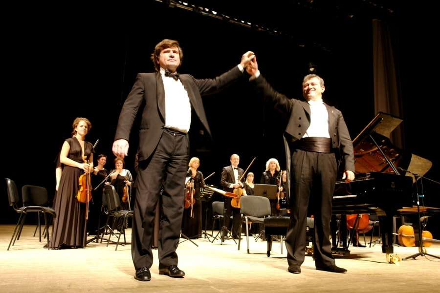 Михаил Петухов и Эдуард Амбарцумян. Фото Марии Астащенко