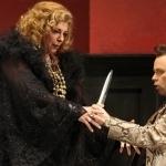 Дмитрий Черняков завязал узелок на самом запутанном оперном сюжете