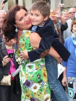 Анна Нетребко с сыном Тьяго