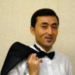 Обладателем Гран-при I Рождественского конкурса вокалистов в Минске стал узбекский тенор Рамиз Усманов