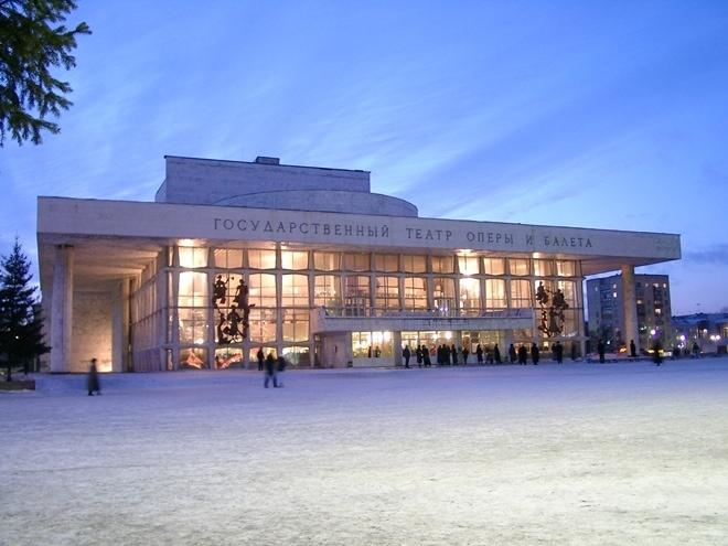 На сцене Красноярского оперного пройдут гастроли Астраханского театра оперы и балета