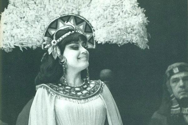 Елена Образцова в костюме Амнерис работы Старженецкой, 1965 год