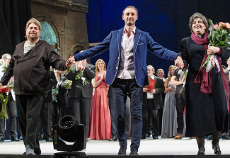 Тимофей Кулябин (в центре) на премьере оперы «Тангейзер». Фото: Виктор Дмитриев / «ВКонтакте»