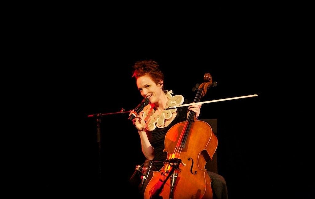 Зои Китинг (Zoe Keating). Фото - Армен Эллиот