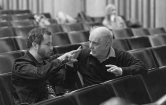 """Дмитрий Черняков и Даниэль Баренбойм во время работы над постановкой оперы Вагнера """"Парсифаль"""""""