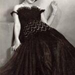 В Москве скончалась легендарная певица Зара Долуханова