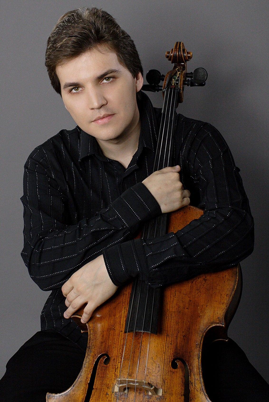 Александр Бузлов
