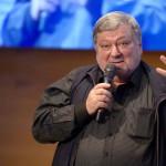Петербургские депутаты просят найти театр для Бориса Мездрича