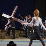 Сцена из «Тангейзера» в постановке Тимофея Кулябина. Фото - Виктор Дмитриев
