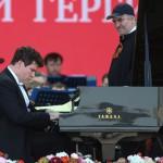 Денис Мацуев и Валерий Гергиев на Поклонной горе . Фото - Вячеслав Прокофьев