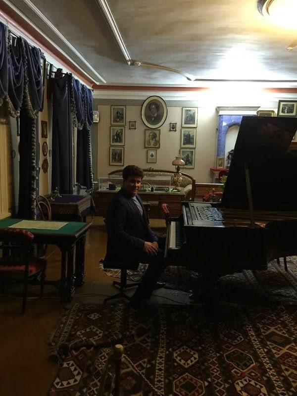 Денис Мацуев за роялем Чайковского в Клину