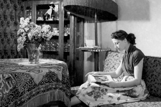 Майя Плисецкая у себя дома. Фото - Н. Аркин