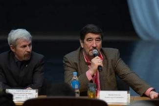 Иркин Габитов на пресс-конференции