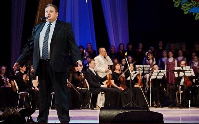 Вице-губернатор Владимира с оркестром исполнят сказку для детей